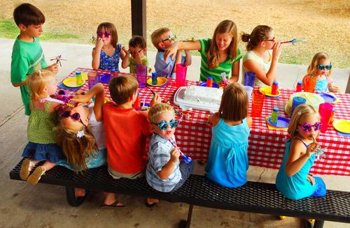 jak zorganizować urodziny dziecka w domu